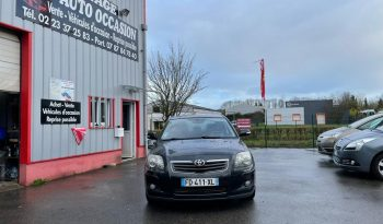 Toyota Avensis 2.0 D-4D 126 ch complet